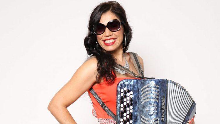 Sem concertos, Rosinha participa em novela da TVI para ganhar dinheiro
