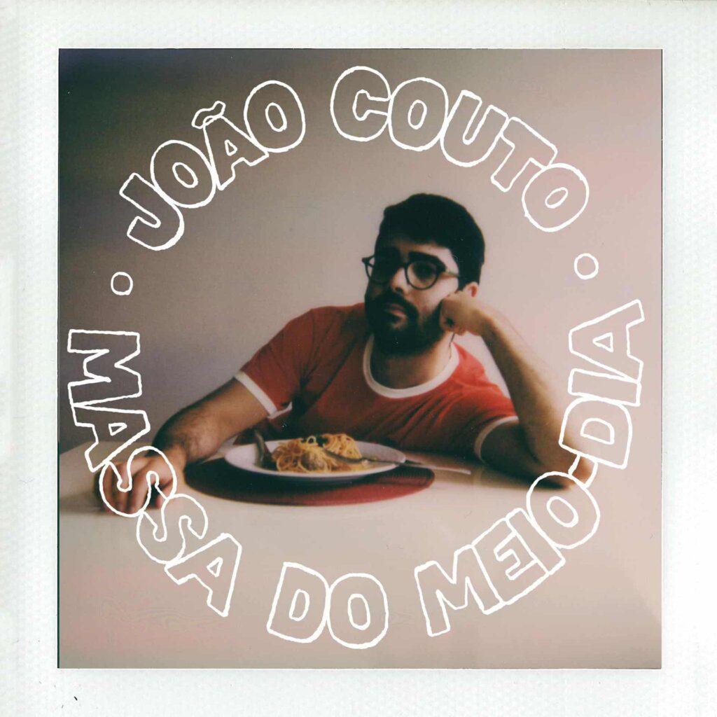 """""""Massa do Meio-Dia"""" é o mais recente single de João Couto"""