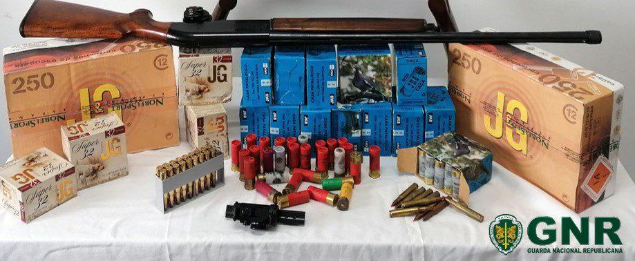 Montijo: Apreensão de armas e munições por ameaças