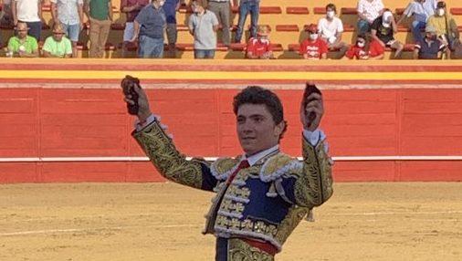 Las Rozas del Puerto Real: Jorge Isiegas triunfa e Garrido corta orelha