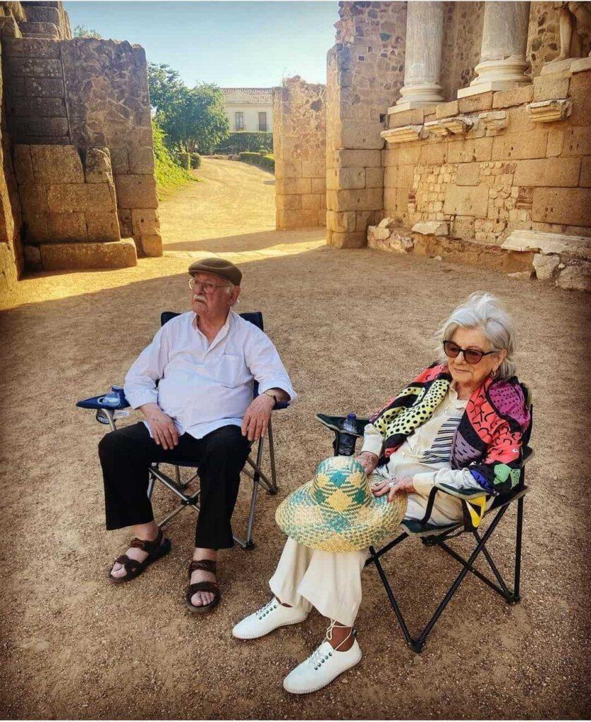 Eunice Muñoz e Ruy de Carvalho publicam fotografia bonita