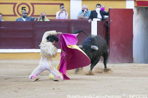 Juanito enfrenta seis touros em Vila Franca de Xira
