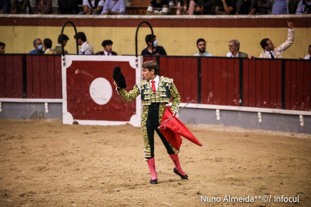 Nuno Casquinha anuncia retirada por tempo indeterminado