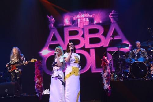 1144 - ABBA Gold