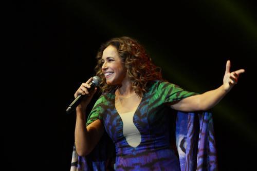 Daniela Mercury 0607