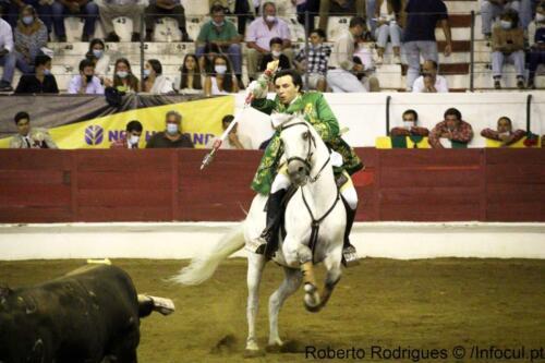 Moura10-09-21-23